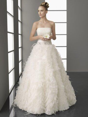 Свадебные платья - прокат и продажа по доступной цене